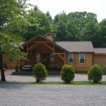 Breakneck Campground Lodge